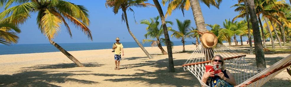 Marari - The unspoilt never ending white sandy beach in Kerala, India